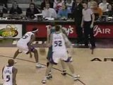 Carmelo Anthony Carmelo Anthony Caron Butler Dunk a... video nba clip video basket street basketball